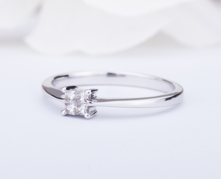 RING GOLD STAR Gold 18KT 750‰ Engagement Diamond Ring ct 0,11 AG0056BG