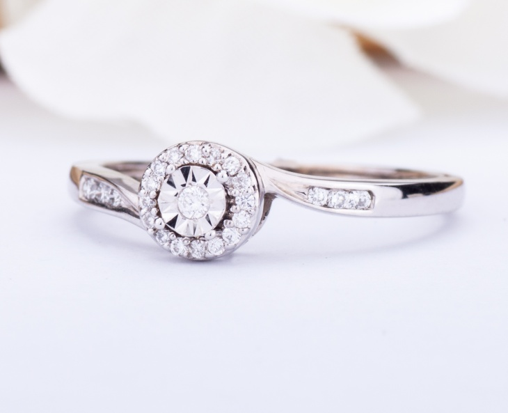 Woman Solitarie Ring GOLD STAR Gold 18KT 750‰ Diamond Engagement ct0,12 FROT8679
